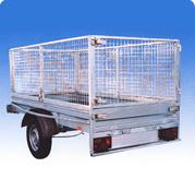åben trailer med højt gitter